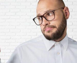 Какие добавки и витамины предотвращают выпадение волос